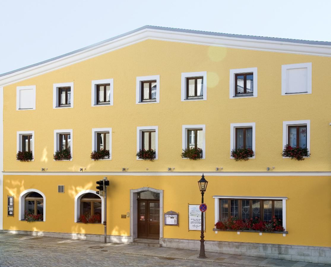 Hotel-Gasthof Zur Post in Freyung