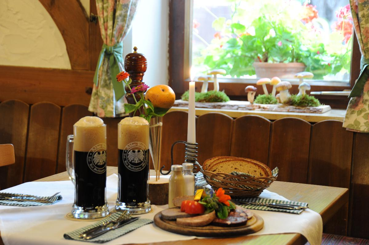 Hotel-Landgasthof Schwarzer Adler in Bad Staffelstein OT End