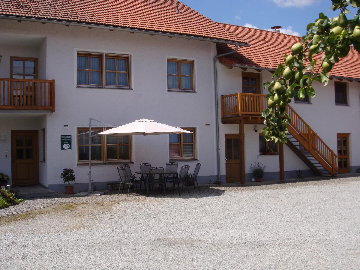 Pension Weiss-Hof in Kirchroth