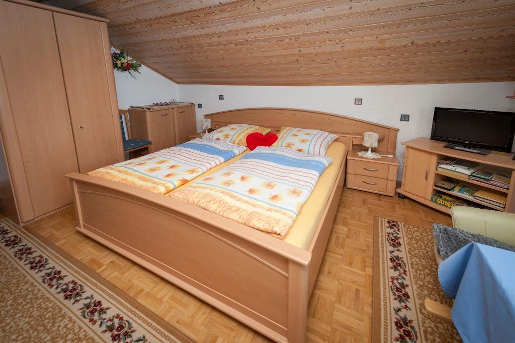 Ferienwohnungen Schrank Christa in Grafenau