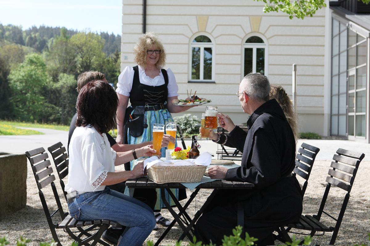 Tagungs- und Erholungshaus Kloster Kostenz in Perasdorf
