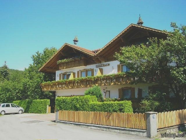 Gästehaus Wölfl  in Bodenmais