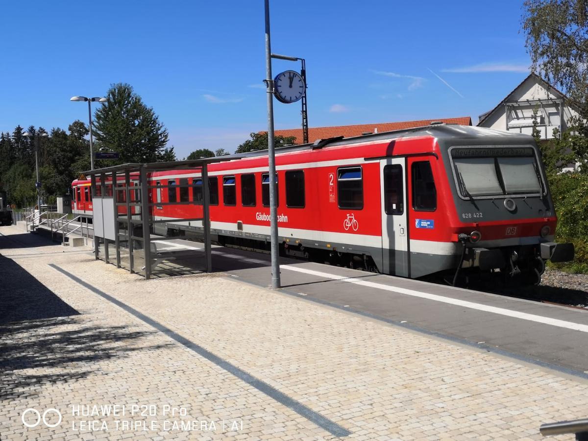 Übernachtung im nostalgischen Bahnwaggon in Bogen