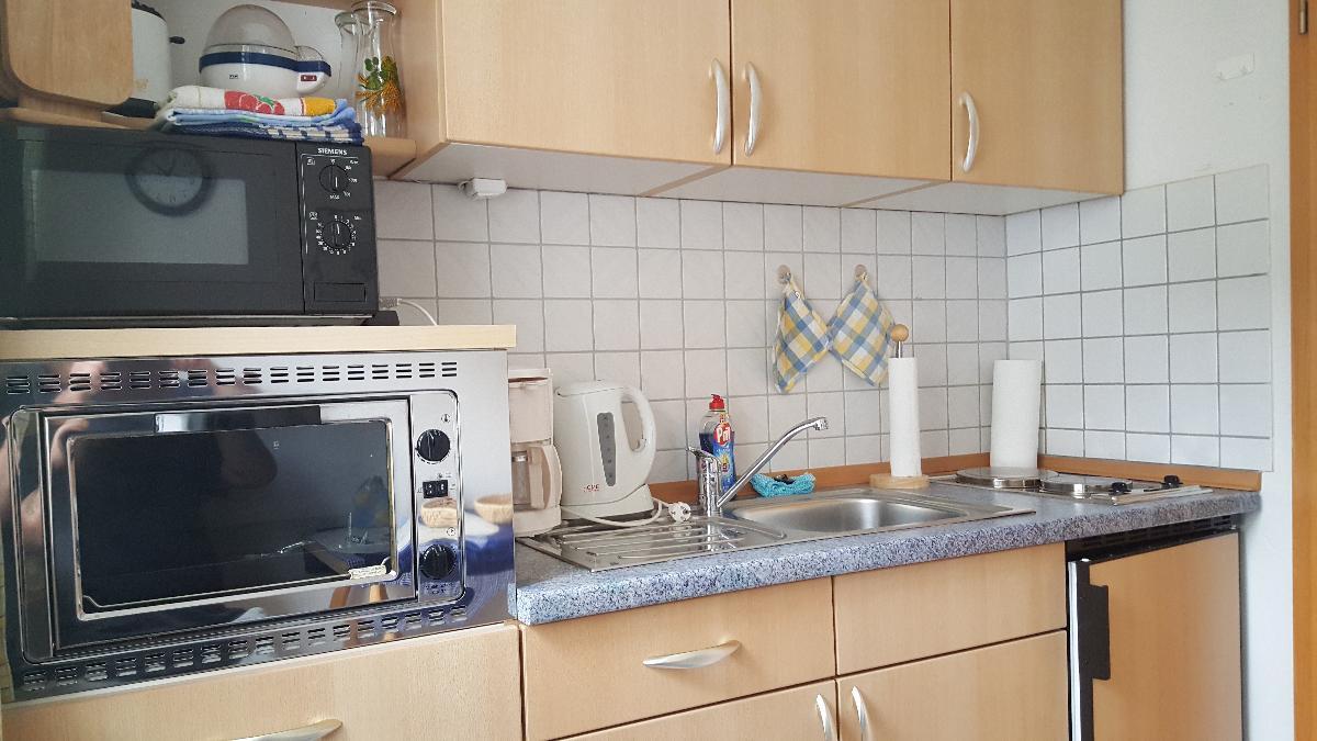 Cafe Altmühl, Ferienwohnungen Gästehaus Krimhilde direkt am Wasser in Essing