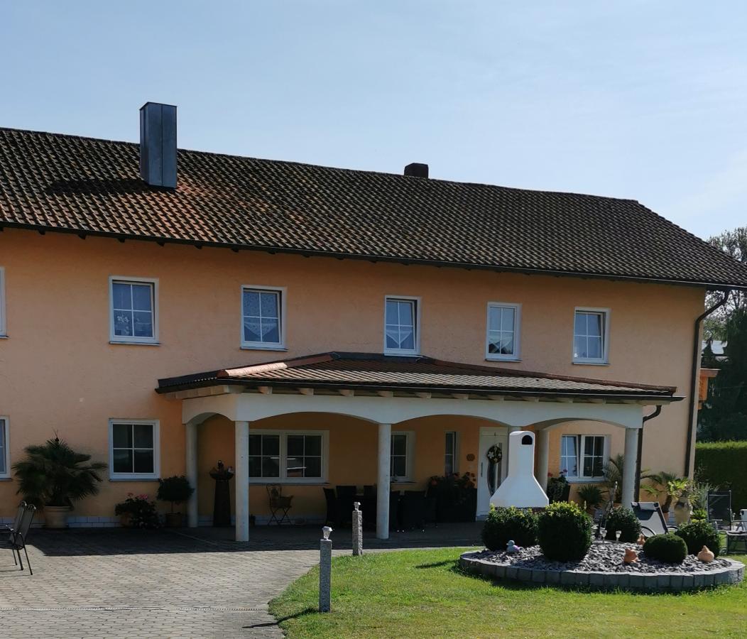 Lohr Karl-Heinz und Theresia in Roding