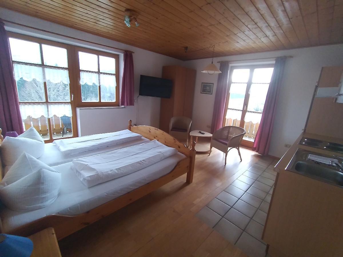 "Panorama- Apartmenthotel "" Schwarzeck"" in Lohberg"