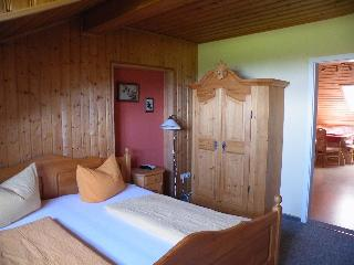 Pension - Ferienwohnung Landhaus Riedelstein in Drachselsried