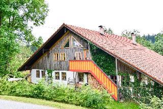 Hofatelier Menacher in Neureichenau