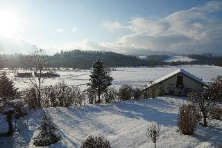 Haus am Waldrand - Ferienwohnung Augustin in Grafenau