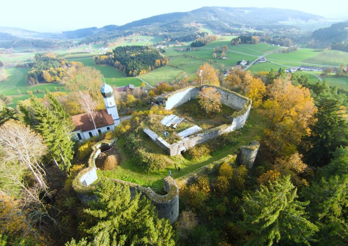 9. Neurandsberger Burgspektakel