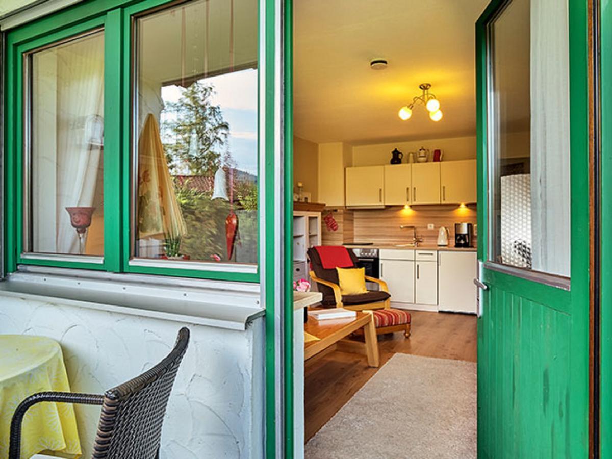 ferienwohnungen haus carola in bodenmais. Black Bedroom Furniture Sets. Home Design Ideas